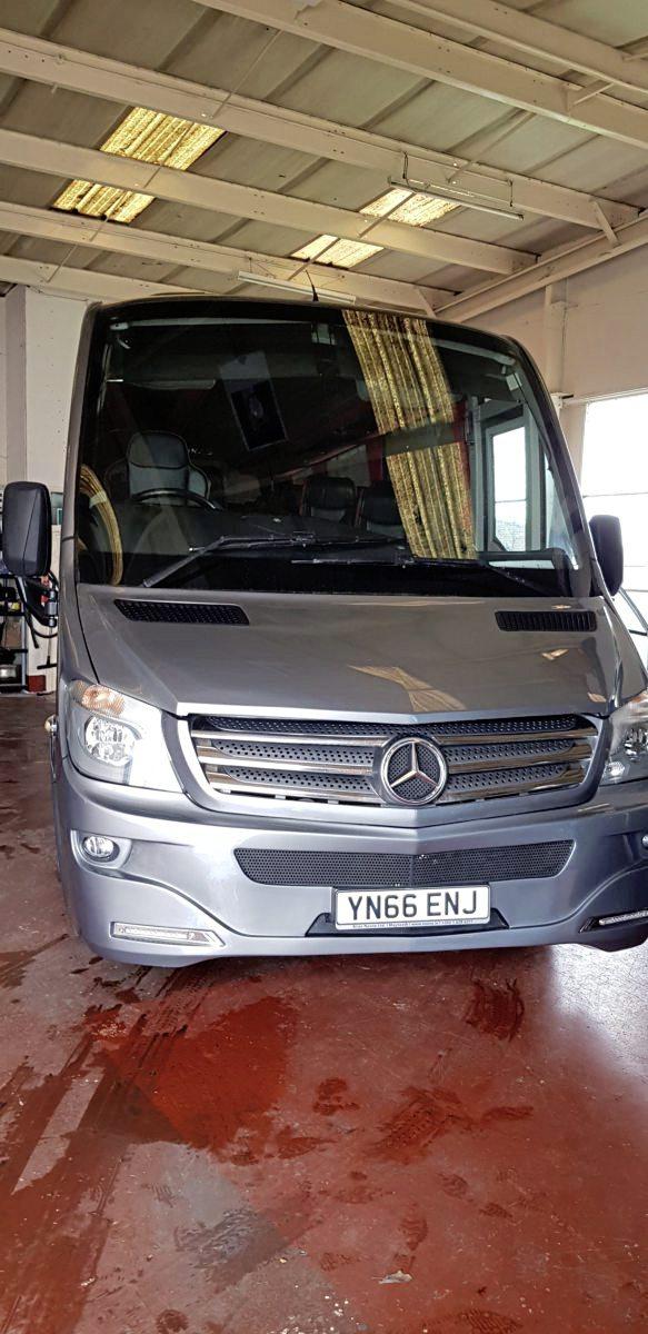 Mercedes Turas 900