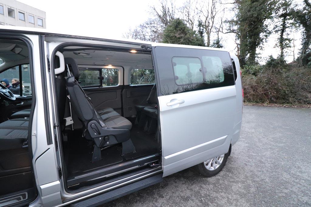 68 Plate Ford Tourneo Custom Titanium 8 Seat - Image 4