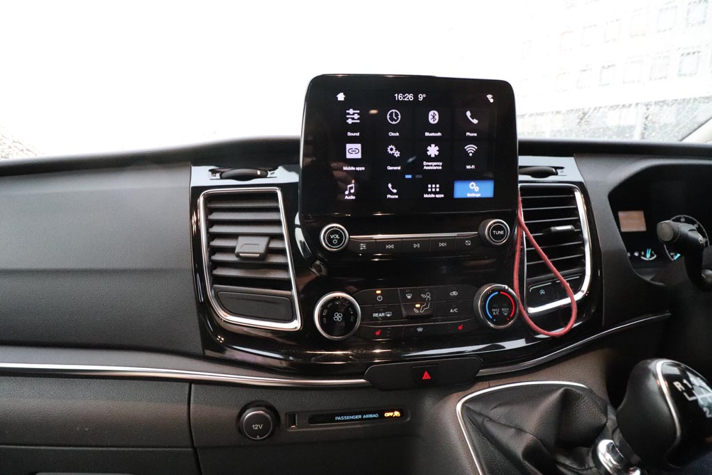 68 Plate Ford Tourneo Custom Titanium 8 Seat - Image 8