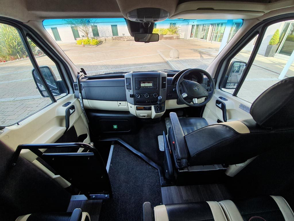 2017 Mercedes Sprinter 22 Seat Mini Coach - Image 6
