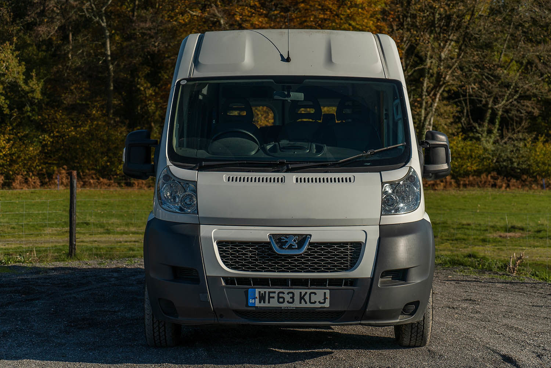 2013 Peugeot Boxer 17 Seater Accessible Minibus for Sale - Image 1