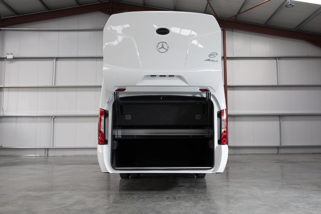 Brand New Mercedes Ferqui Sunset 22 + Driver - Image 4