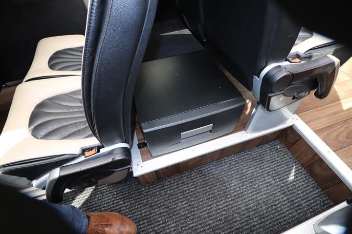 2014 Mercedes Sprinter 16 Seat X-Clusive - Image 9