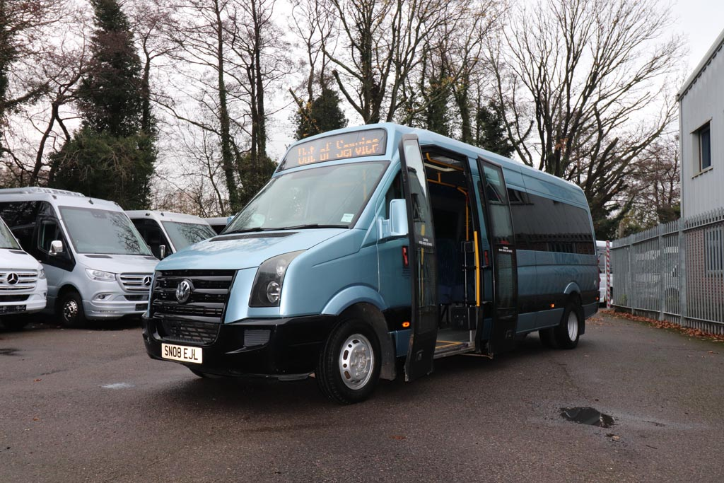 2008 VW Crafter Low Floor 15 Seat - Image 3