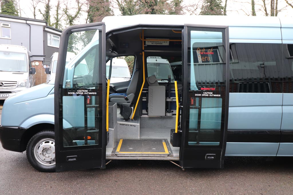 2008 VW Crafter Low Floor 15 Seat - Image 4