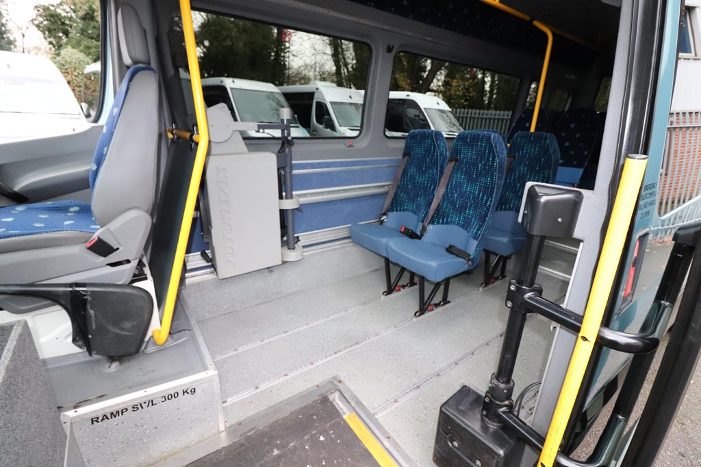 2008 VW Crafter Low Floor 15 Seat - Image 6