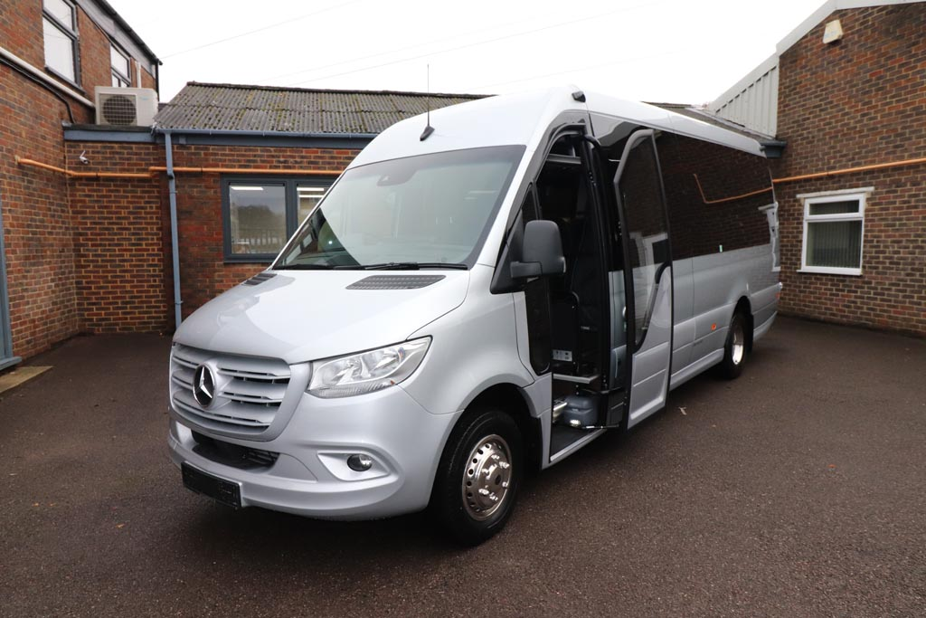New Mercedes Sprinter 22 Seat Mini Coach - Image 5