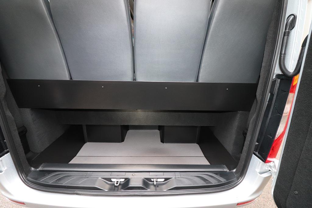 New Mercedes Sprinter 22 Seat Mini Coach - Image 9