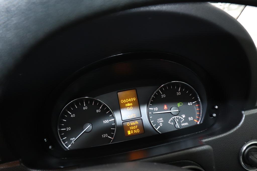 2018 Mercedes Sprinter EVM Elegance 16 Seat - Image 9