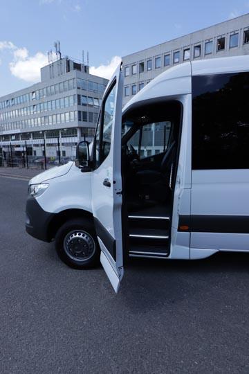 New Mercedes Sprinter 516 19 seat elegance - Image 1