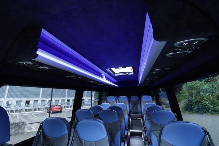 New Mercedes Sprinter 516 19 seat elegance - Image 7