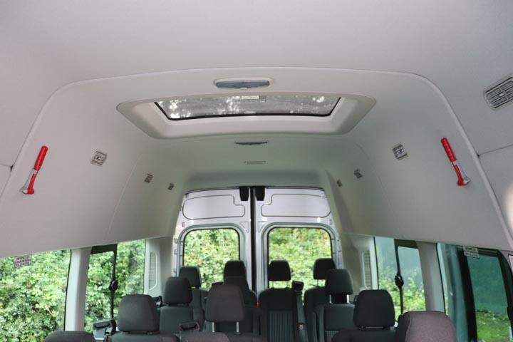 2015 Ford Transit 16 Seat Minibus - Image 3
