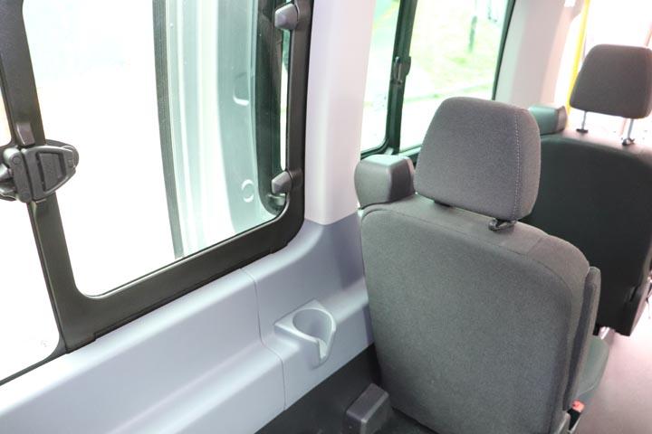 2015 Ford Transit 16 Seat Minibus - Image 6