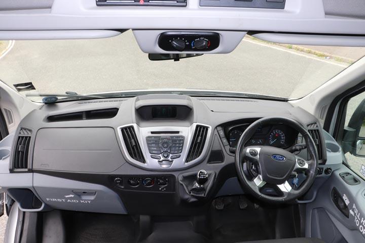 2015 Ford Transit 16 Seat Minibus - Image 7