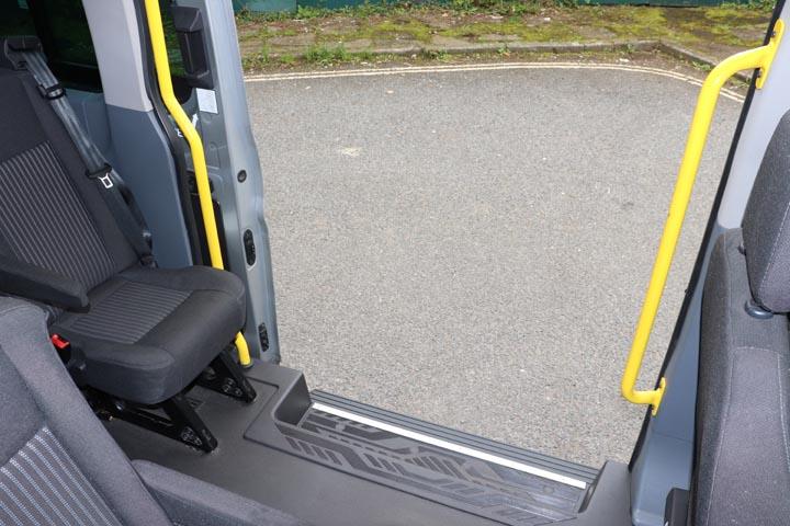 2015 Ford Transit 16 Seat Minibus - Image 9