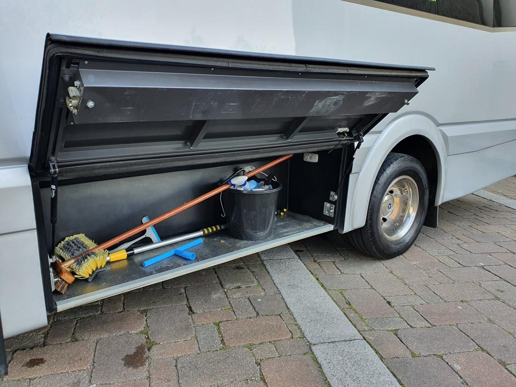 2018 – EVM Grand Tourer 19+G Mini Coach - Image 9