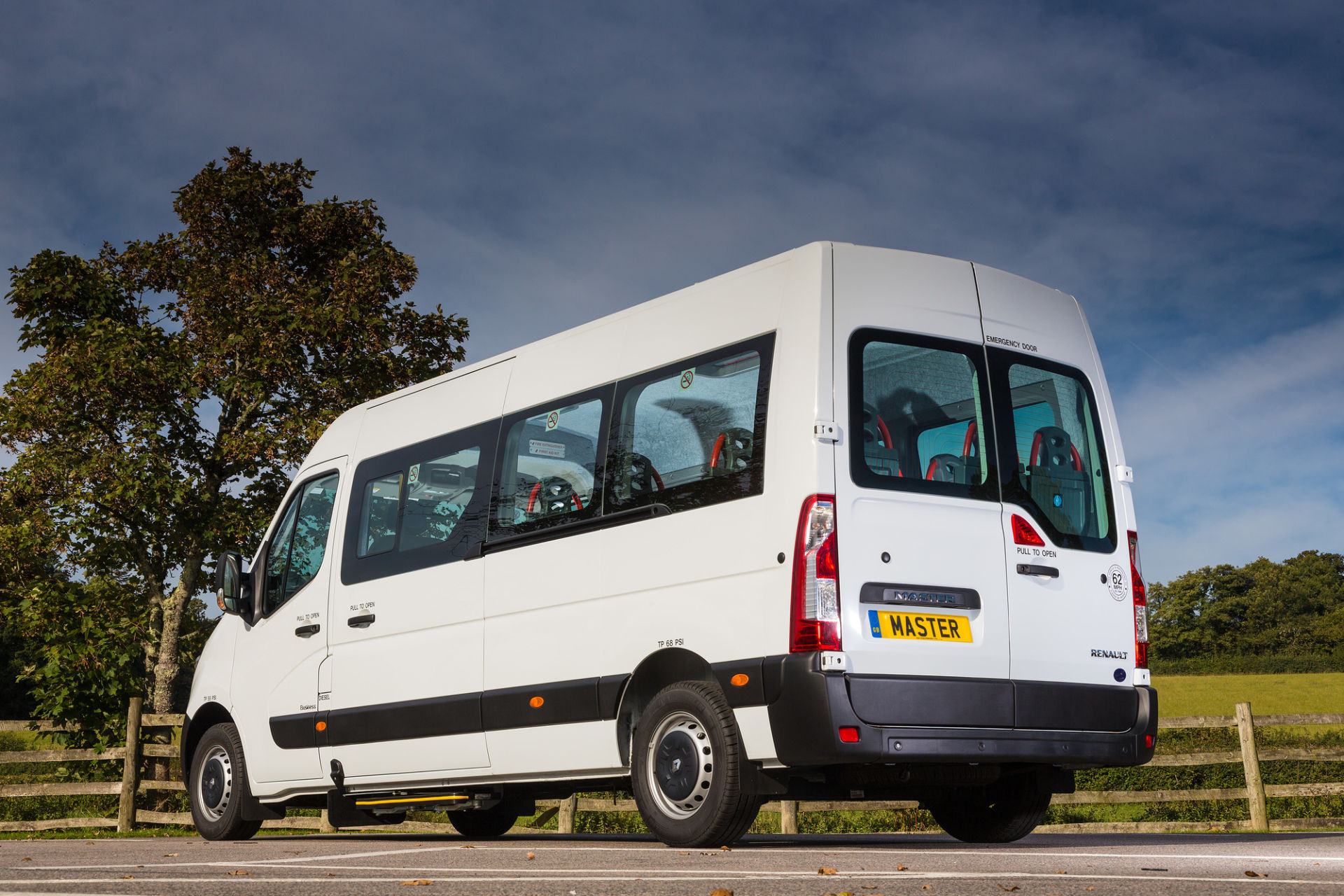 2018 Renault Master 14 Seater Accessible Minibus for Sale - Image 1