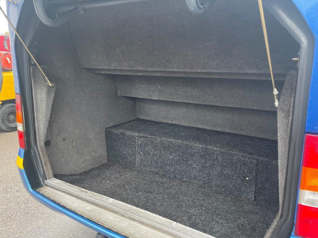 2006 Ford Bonito 16 Seat Mini Coach - Image 8