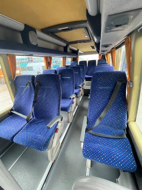 2006 Ford Bonito 16 Seat Mini Coach - Image 5