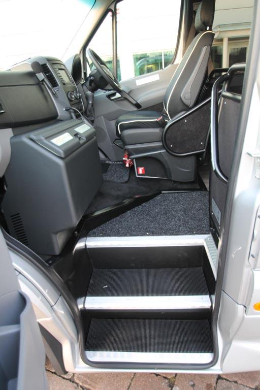 2018 68 Mercedes Sprinter 16 Seat Mini Coach - Image 9