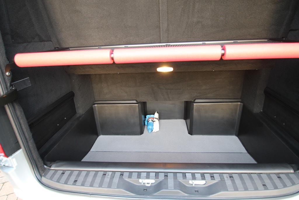 2018 68 Mercedes Sprinter 16 Seat Mini Coach - Image 2