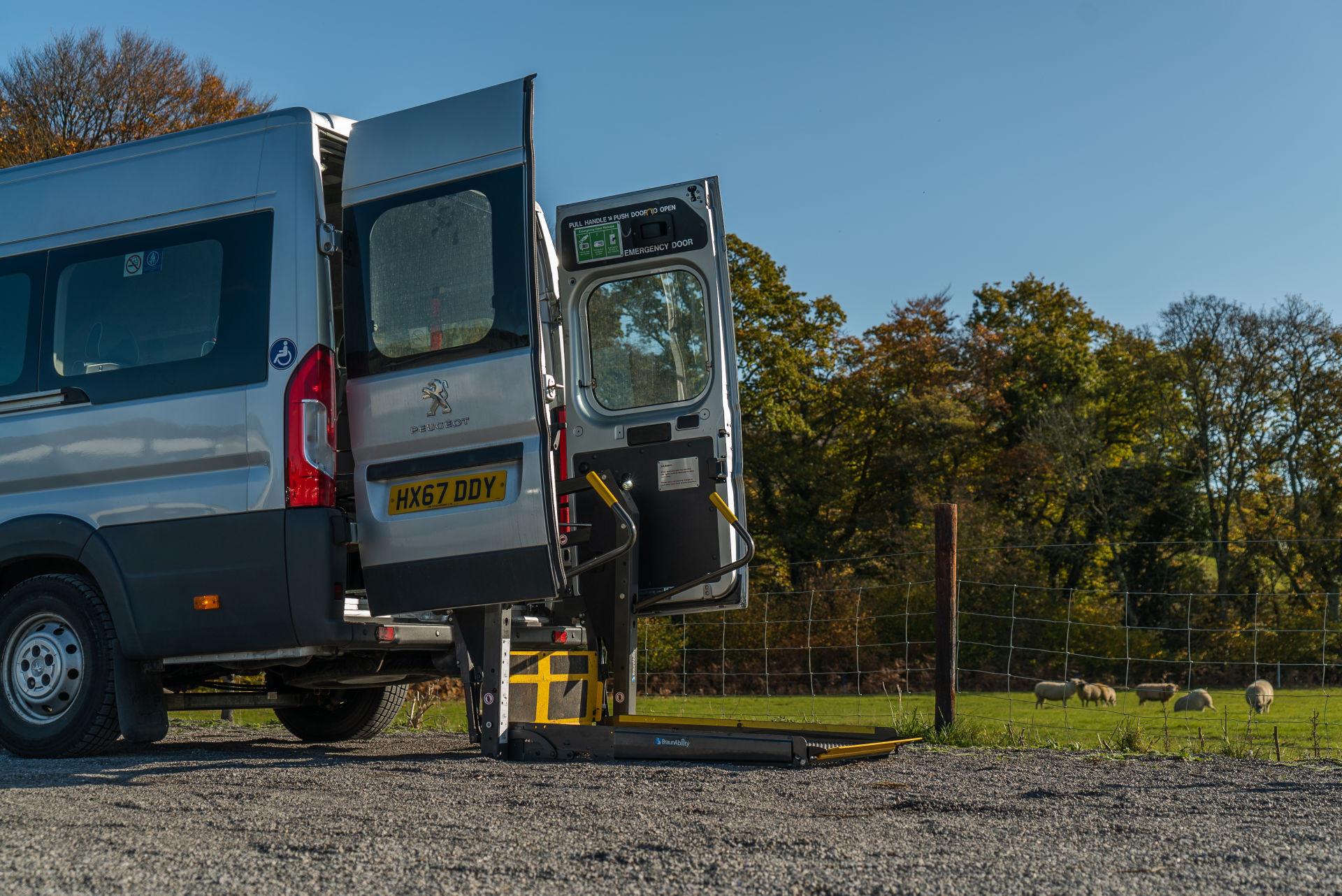 Peugeot Boxer 17 Seater Accessible Minibus for Sale - Image 6
